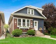 3432 Prairie Avenue, Brookfield image