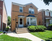 6731 North Richmond Street, Chicago image