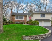 339 Old Colony  Road, Hartsdale image