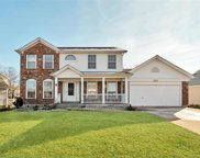 945 Weatherstone  Drive, St Charles image