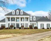 303 Hampshire Hill  Lane, Town and Country image