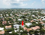 794 Curtiswood Dr, Key Biscayne image