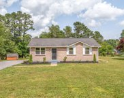 7108 Meadow View Dr, Fairview image