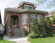 6033 West Barry Avenue, Chicago image