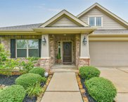 2201 Meadow Wind Drive, Pearland image