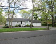 355 Wading River Rd, Manorville image