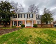 13 York  Drive, Brentwood image
