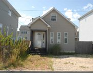 127 Beach Ave, Bellmore image
