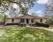 8139 Moores Ln, Brentwood image