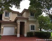 6763 Nw 107th Pl, Doral image