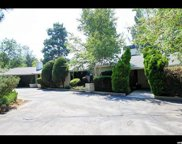 5676 Cottonwood Ln, Holladay image