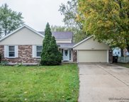 642 S Brentwood Drive, Crystal Lake image