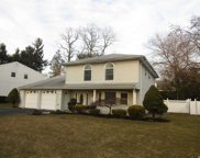 76 Cherrywood  Drive, New Hyde Park image