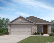 217 Middle Green Loop, Floresville image
