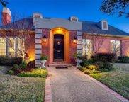 3524 N Versailles Avenue, Dallas image