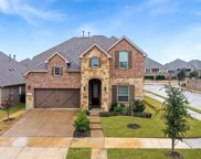 900 Dove Trail, Euless image