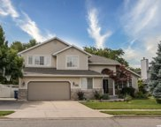 214 E Shadowbrook Ln S, Kaysville image