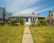 3947 Miller  Place, Levittown image