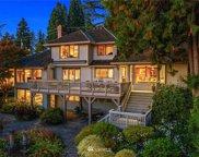9439 Lake Washington Boulevard NE, Bellevue image
