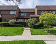 6 Spring Hollow, Roslyn image
