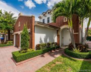10553 Nw 70th Ln, Doral image