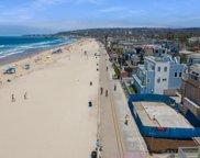 3865     Ocean Front Walk, Pacific Beach/Mission Beach image