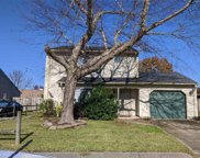 5572 Glen View Drive, Southwest 2 Virginia Beach image