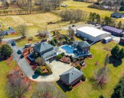1095 Ashburn Drive, King image