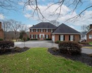 8020 Glengarriff Road, Clemmons image