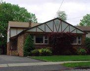 124 Hubbard  Road, Hartford image