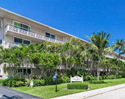 139 Sunrise Avenue Unit #204, Palm Beach image