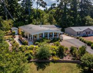 860 Grouse St Nw, Seal Rock image