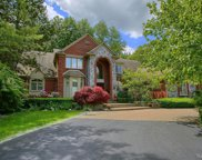 3652 Walnut Brook Dr, Rochester Hills image