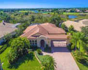6826 Turnberry Isle Court, Lakewood Ranch image