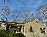 37 Laurel Cove Rd, Oyster Bay Cove image