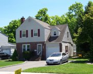 48 Jefferson Rd, Farmingdale image