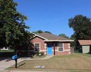 706 Throckmorton, Gainesville image