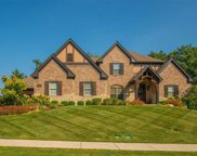 111 North Mosley  Road, Creve Coeur image
