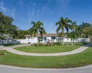 1985 N Hibiscus Dr, North Miami image