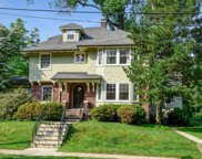 9 Beach Place, Maplewood Twp. image
