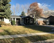 8397 S Willow Creek Dr, Sandy image