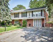 329 Fairview Dr, Whitby image