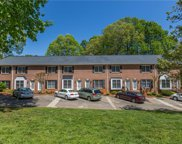 1441 King Charles Drive, Clemmons image