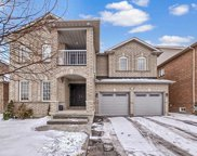 383 Spruce Grove Cres, Newmarket image