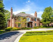 10 Lake Court, Grosse Pointe Park image