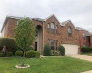 9901 Fox Hill Drive, Fort Worth image