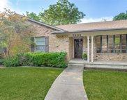 7932 Hillfawn Circle, Dallas image