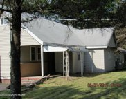 104 Knob (Aka 734 Lakeview Dr) Ct, Albrightsville image
