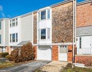 2210 Langdon Place, Hoffman Estates image