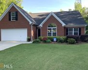 5301 Valley Forest Way, Flowery Branch image